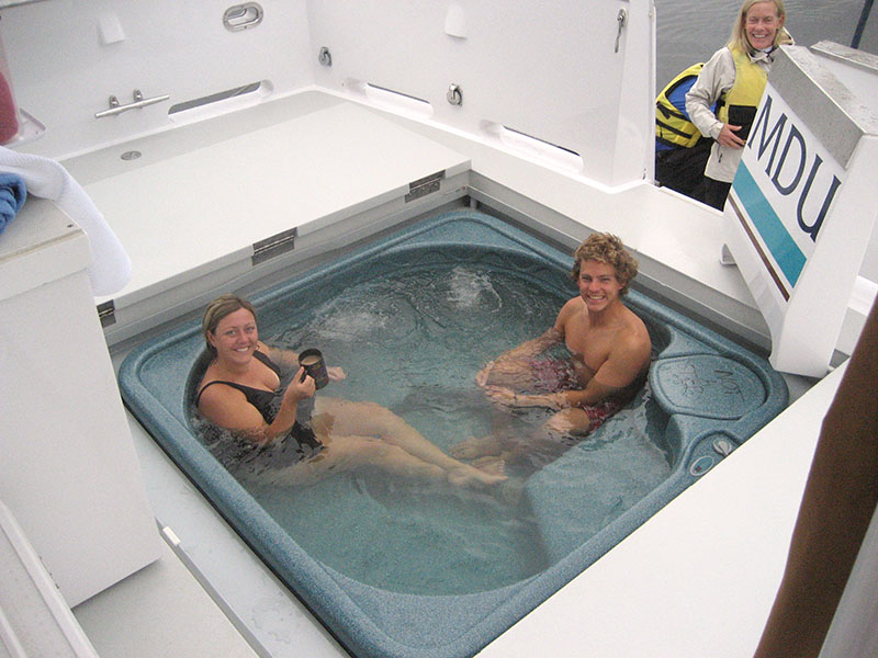 Hot Tub - below deck